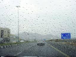 هطول للأمطار الرعدية مصحوبة برياح نشطة وأتربة على معظم مناطق المملكة