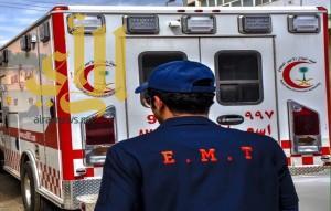 إصابة شخصين بإصابات حرجة بحادث سير بالقريات
