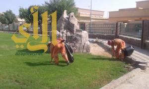 بلدية محافظة الخفجي تستأنف حملتها الخاصة بالنظافة في الأحياء والكورنيش