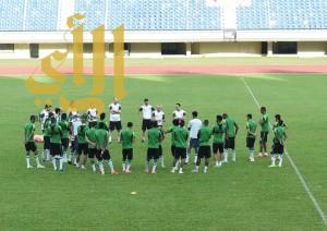 الأخضر يجري أولى تدريباته في سلطنة بروناي