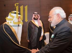 """خادم الحرمين يلتقي رئيس الوزراء الهندي على هامش """"قمة العشرين"""""""