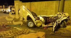 وفاة شخصين وإصابة آخر إثر حادث مروع على طريق أبها خميس مشيط