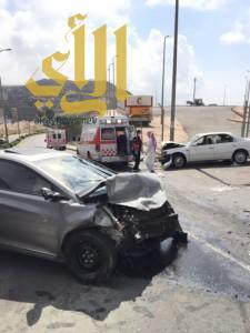 حادث مروري بالباحة يخلف 5 إصابات ومدير الشئون الفنية يباشر الحادث