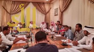 محافظ غامد الزناد يجتمع برئيس البلدية لبحث المشاريع الحالية والمستقبلية