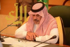 أمير الباحة يعقد إجتماعاً بالفريق المساند لتطوير السياحة بالمنطقة