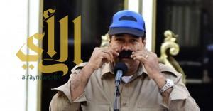 الرئيس الفنزويلي يتعهد بحلق شاربه في حال إخفاقه ببناء مليون وحدة سكنية