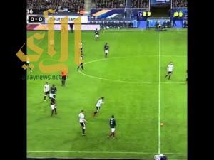 بالفيديو.. سماع دوي هجمات باريس أثناء مباراة فرنسا وألمانيا