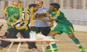 إيقاف إبراهيم هزازي 4 مباريات بسبب الفاظ بذيئة