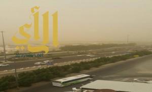 الدفاع المدني يطالب أهالي مكة بالبقاء في منازلهم