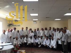 مستشفى وادي الدواسر يٌكرم الأطباء المنتهية عقودهم