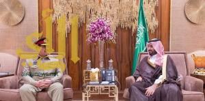 ولي ولي العهد يجتمع بقائد الجيش الباكستاني