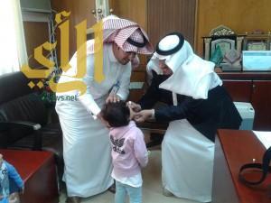 محافظ طريب يدشن حملة التطعيم ضد شلل الأطفال