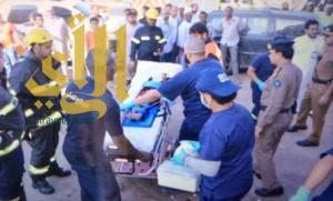 إنقاذ طفلة سقطت في خزان مياه بجدة
