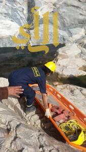 مدني الفرشة ينتشل جثة متحللة بأعلى وادي بيشة