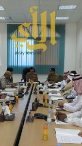 اللجنة الفورية بعسير تقعد إجتماعها بمديرية الدفاع المدني