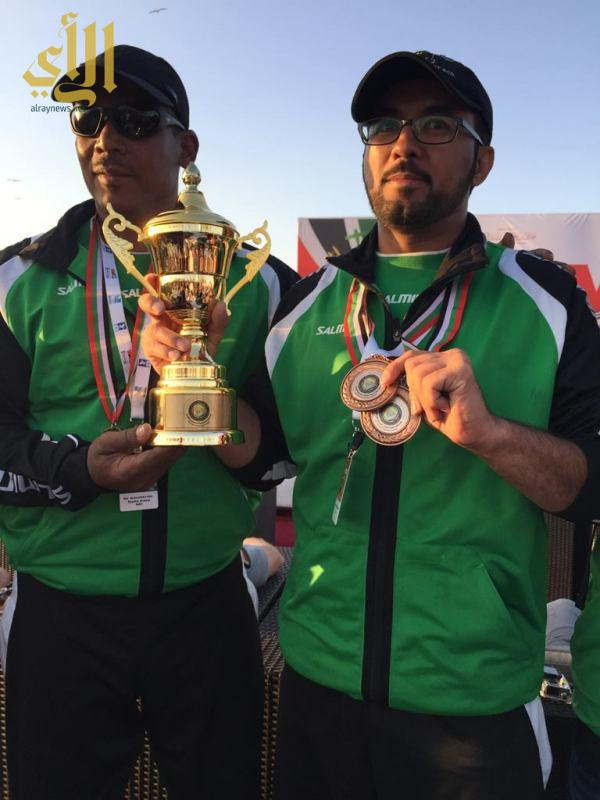 أحمد الشمراني متوجاً بكأس المركز الثالث والميدالية البرونزية