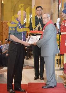 الرئيس الهندي يكرم الأمين العام للكشافة العالمية