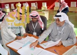 إقبال للناخبين في مراكز الاقتراع بمحافظة الرس