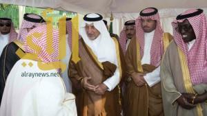 الأمير خالد الفيصل يتفقد محافظتي الليث وأضم