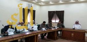 محافظ العقيق يترأس إجتماع لجنة الدفاع المدني الفرعية
