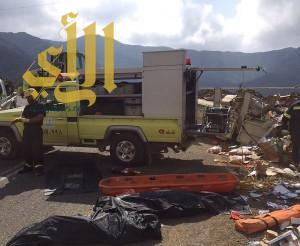 حادث انقلاب يودي بحياة عدة مواطنين في الريث