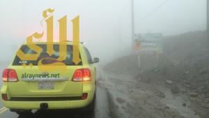 إنهيارات وإحتجازات تشهدها الباحة بسبب كثافة الأمطار