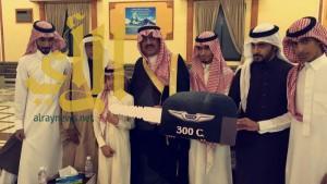 البنك العربي الوطني يكرم المدير الاقليمي احمد الشمراني