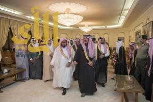 أمير الباحة يستقبل بقصر البريدة القضاة ومدراء الدوائر ومشائخ القبائل