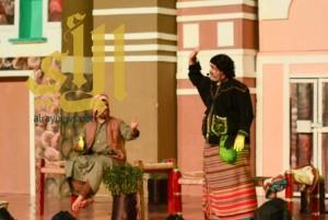 """""""قمبس"""" و""""حديش """" يشعلان مسرح الجامعة"""