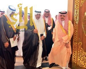 أمير مكة المكرمة يطلع على 857 مشروعاً بقيمة 74 مليار ريال