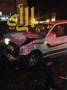 وفاة شخص وإصابة آخر بحادث مروري أمام مركز إسعاف المخواة