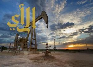 النفط يواصل صعوده فوق 35 دولاراً