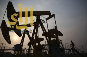 النفط يتراجع 3% متجها نحو 30 دولار للبرميل