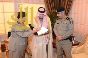 فيصل بن خالد يتسلم تقرير إدارة دوريات الأمن بمنطقة عسير