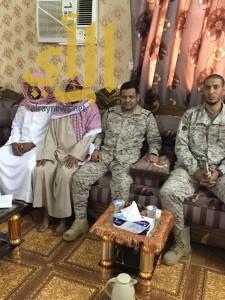 """اللواء ركن """"الشيخي"""" يعزي أسرة """"الجليمي"""" ووالد الشهيد يقدم ابنه الآخر فداء للوطن"""