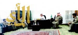رئيس بلدية محافظة طريب يلتقي برئيس مركز العرين ومدراء الدوائر الحكومية