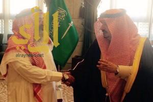 أمير الرياض يستقبل المتنازل عن قاتل ابنه
