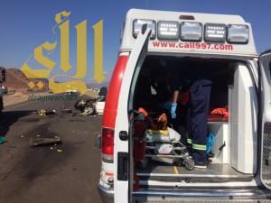 مصرع شابين وإصابة آخرين بحادث مروري على طريق تبوك بالمدينة المنورة