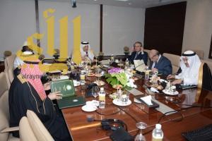 خالد الفيصل يرأس اجتماع لجنة جائزة الملك فيصل العالمية لخدمة الإسلام