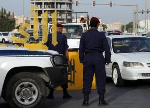 البحرين: المؤبد لـ 3 مدانين بالشروع في قتل الشرطة وإحداث تفجير وصناعة مفرقعات لغرض إرهابي