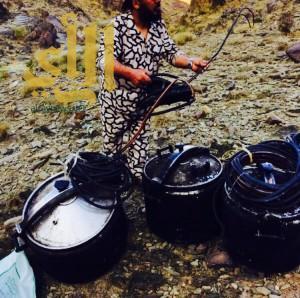 مجاهدو عسير : تتلف 45 مصنع للخمور بوادي عدوان بابها