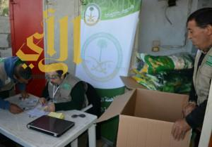 الحملة السعودية تقدم أكثر من 5500 قطعة شتوية على اللاجئين السوريين شمال لبنان