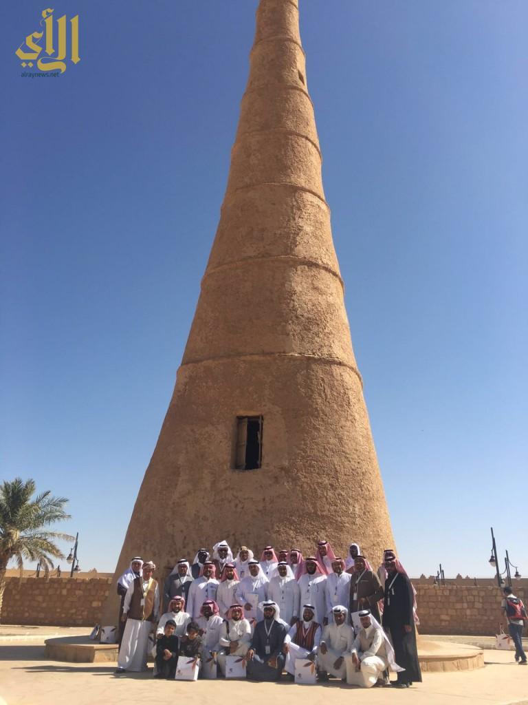 وخلال يارة برج الشنانه التاريخي