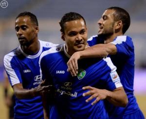 الفتح وهجر يتغلبان على الرائد والخليج في الدوري السعودي