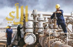 النفط يتماسك بفعل قوة الطلب واستمرار تخفيضات الإنتاج