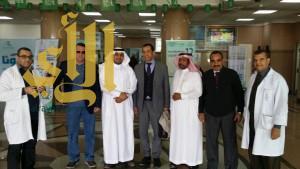 القنصل المصري في الرياض يطمئن على حالة مصابي وادي الدواسر