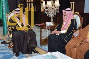 أمير الباحة يستقبل أمين المنطقة وأعضاء المجلس البلدي بمكتبه بديوان الإمارة