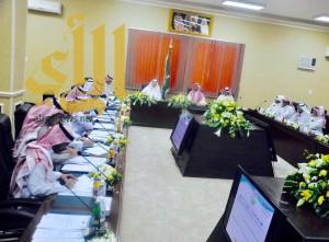 المجلس البلدي بأمانة محافظة الطائف يعقد إجتماعه الثالث