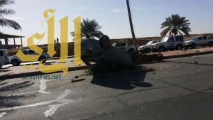 إصابة شخص بإصابات متوسطة بحادث مروري على طريق جامعة القصيم