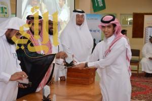 رئيس مركز قنا يرعى تكريم المتفوقين بمدرسة أسامة بن زيد